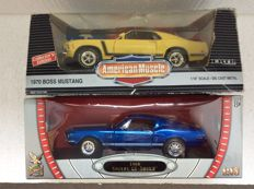 ERTL / Road Signature Legends - Scale 1/18 - Ford Boss 302 Mustang 1970 and Shelby GT 500 KR 1968