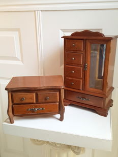 Two oak jewellery boxes, second half 20th century