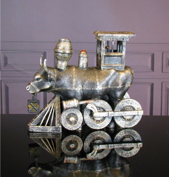 CowParade - Moo Choo - All Aboard Medium - Brad Nellis
