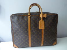 Louis Vuitton – Sirius 50 with single compartment