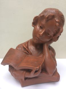 Richard Aurili (1834-1914) - Terracotta sculpture of a reading girl