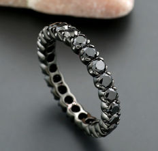 Memory ring with black diamonds 2.55ct in total, 750 white gold --no reserve price!--