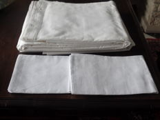 Pair of old linen sheets for a double bed + two pillowcases