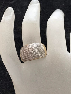 Gold ring with 91 Top Wesselton diamonds - 18 kt / 750 yellow gold - Size 58 / 18.37