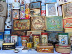 Large lot of 58 different old storage cans and metal cookie boxes/biscuit tins