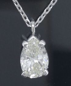 Pendant with pear cut diamond of 0.56 ct, with IGI certificate