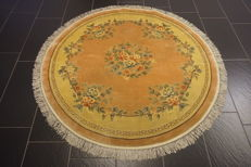 Magnificent handwoven round orient silk palace carpet, China, silk, Art Deco 160 x 160cm, made in China