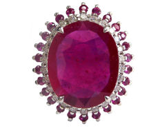 13 ct Ruby and Diamond Ring