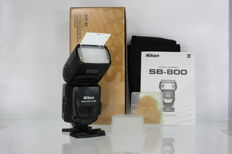 Nikon SB-800 Speedlight flash, complete in original box
