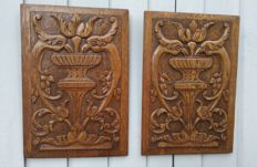 A pair of antique carved oak panels - Fleur de Lis - France - ca. 1890