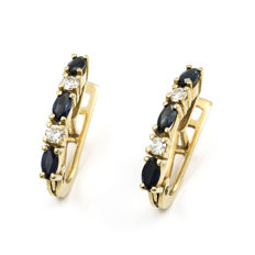 18 kt yellow gold – Earrings – marquise-cut sapphire – Brilliant cut diamonds – Earring height: 16.20 mm (approx.)