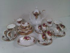 Royal Albert  Old Country Roses - Coffee set - 37 pieces