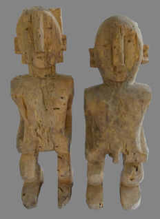 2 ancestral figures from the AKHA, sub-group LOMI - Laos.