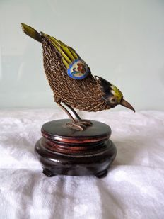 925 enamelled silver bird - Hand made on its wooden stand