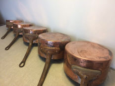 Set of 5 red copper pans to restore