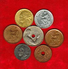 Spain – Spanish Republic, set of 7 coins of different values, from 5 cents to 1 peseta Copper, brass, iron and silver 1931-1938. (7).