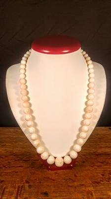 Huge Precious Rare Real Angel Skin Japanese Coral Necklace, 430 carat (86 grams)