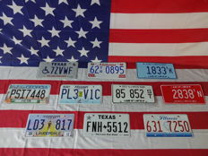 Nice set of 10 American license plates - 7ZVWF - 62TR0895 - 1833TK - PSI7448 - PL3V1C - 85852ST - 2838TN - LD3817 - FNH5512 - 6317250