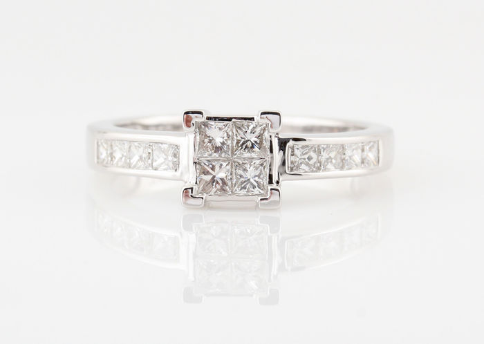 18kt diamanten ring 0.75ct / 4.00gr / size 55 / G-H/ VS1-VS2./ 12 princess slijpsel diamanten / **NIEUW**