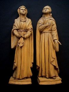 A set of antique wooden female Saints statues belonging together - Flanders - 18th/19th century
