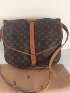 Louis Vuitton - Saumur 35 - Large Cross body/Shoulder bag