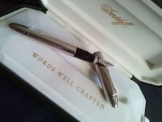 Davidoff by Omas Italy 925 Silver Fountain Pen, 18K 750 White Gold Broad(B)Nib