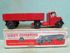Dinky Supertoys - Scale 1/48 -  Bedford Articulated Lorry No.521