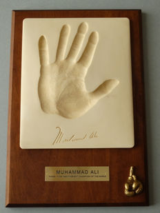 Muhammad Ali (1942-2016) - Hand made cast