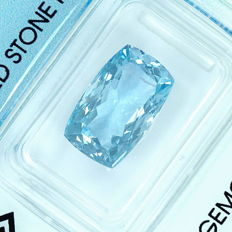 Aquamarine - 4.64ct - no reserve price
