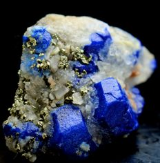Undamaged & Terminated Extremely Rare Royal Blue Lazurite with Golden Pyrite & Calcite - 43 x 22 x 20mm - 160ct