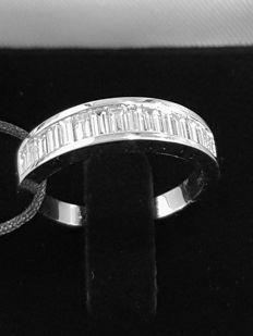 New ring white gold with diamond baguettes 0.91 ct -  size 53