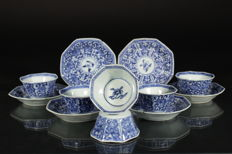 Six-piece octagonal blue and white tea set – China – Kangxi period (1661-1722)