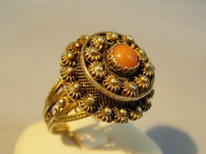 Victorian gift ring with salmon coral