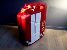 Jerrycan / Metal with logos of among others Ferrari - Agip