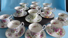 Royal Albert Bone China - Flower of the Month Serie