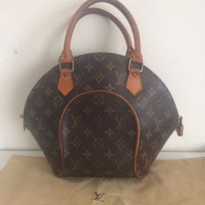 Louis Vuitton – Ellipse  – Handbag