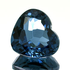 London Blue Topaz – 4.21 ct – No reserve price