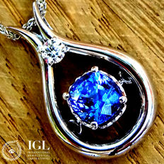 Natural 1.53 ct Sky Blue Sapphire And Diamond Pendant With Necklace in 18 kt Gold – Certified - No Reserve