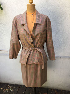 Hermes suit and blouse