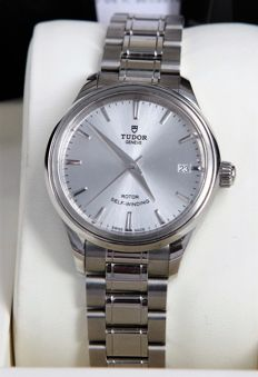 Tudor – Style 34 mm – 12,300 – Unisex – 2011 to present day