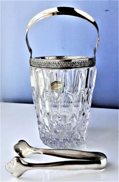 Elisabeth Hutte - ice bucket in genuine solid lead crystal richly carved and with 800/1000 silver decorations - 800/1000 silver pliers