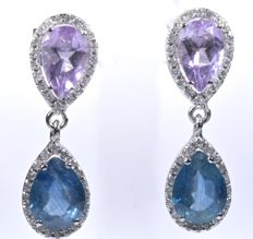 18 kt White gold earrings with 80 diamonds GH-SI, blue natural sapphires colour A; 2.80 ct and natural amethysts of 1.55 ct. Length: 24 mm. No reserve price
