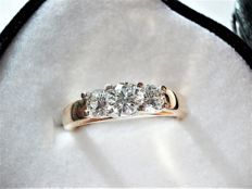 Trilogy ring with 3 brilliant cut diamonds, bicolour gold, 0.76 River E VVS-VS - Size 53 / 17