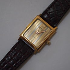 Raymond Weil Geneve model 5722 - Gold plated quartz womens wristwatch c.1980/90s