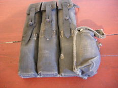 Magazine holder in canvas for MP40 with side pocket
