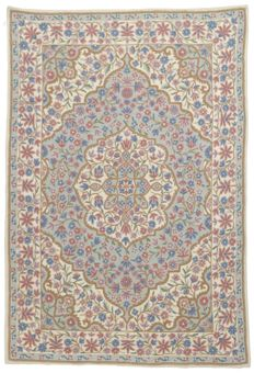 Authentic, original KILIM Suzani rug – Handmade and lined – Period: 1970-1980 – Dimensions: 122 x 183 cm – With Certificate of Authenticity from an official appraiser (Galleria Farah 1970)