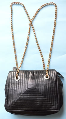 Fendi – Vintage '70s hand bag with chain strap *** No reserve price ***
