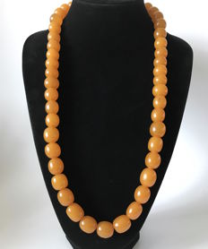 Old Baltic Amber necklace with big size beads, 132 grams, Art Deco period, Baltic region