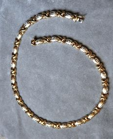 Gold, 18 kt Solid two-tone necklace Length: 43 cm