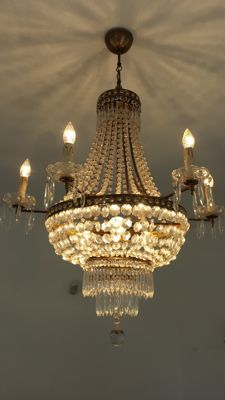 Beautiful Air Balloon Chandelier in Crystal and Bronze - 9 lights